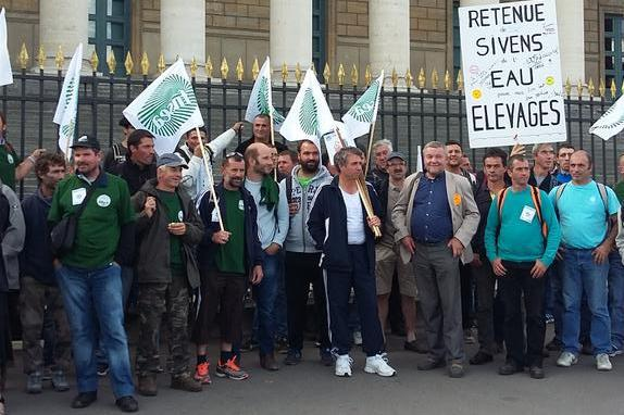 Mobilisation du 3 septembre 2015 � Paris - la d�l�gation Midi-Pyr�n�es dans Paris